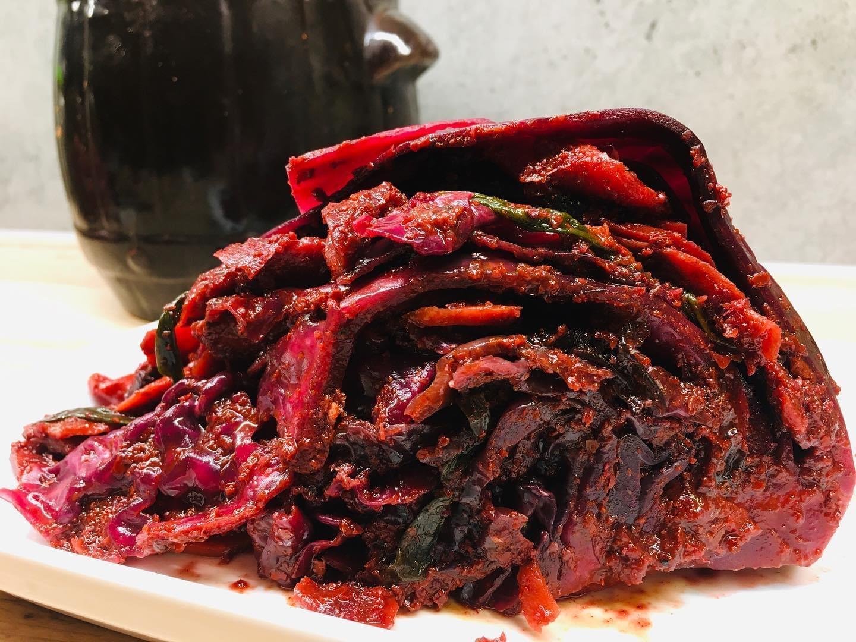 Kimchi z modrej kapusty